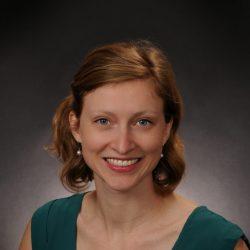 Dr. Annika Maly